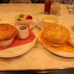 長い1日の始まりに…。センターストリートコーヒーハウスでのんびり朝食を。