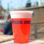 イースター前の期間だけ。ディズニーシー内で飲めるビアカクテル2種(ピンクグレープフルーツ、ブラッドオレンジ)