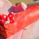 【クリスマス2019】ミニーのリボンがついた可愛いクレープ!カフェ・オーリンズ「ストロベリー&クランベリークレープ」