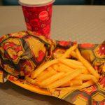 ハンバーガーやフライドチキンを手軽に楽しめる!「スターライナー・ダイナー」【香港ディズニー】