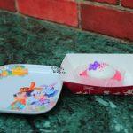 お花の絵柄も可愛い!ラズベリーチーズケーキ、スーベニアプレート付き【ディズニーイースター2018】