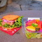 新発売のサラダと一緒に!マンマ・ビスコッティーズ・ベーカリー「ローストポークとエッグサラダのシリアルブレッドサンド」