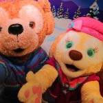 【香港ディズニー】暖かそうな衣装で登場♪「ダッフィー&フレンズ」クリスマスグリーティング2018