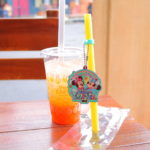 ミッキー&ミニー&うさピヨのスーベニアストローがつけられる!ディズニーシー「スパークリングタピオカドリンク(ブラッドオレンジ&ジンジャー)」